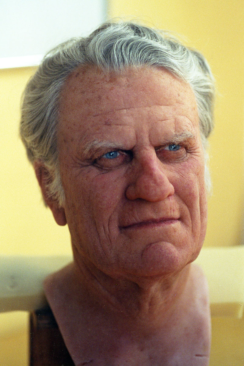 Sculpture of Dr Billy Graham by Karen Newman