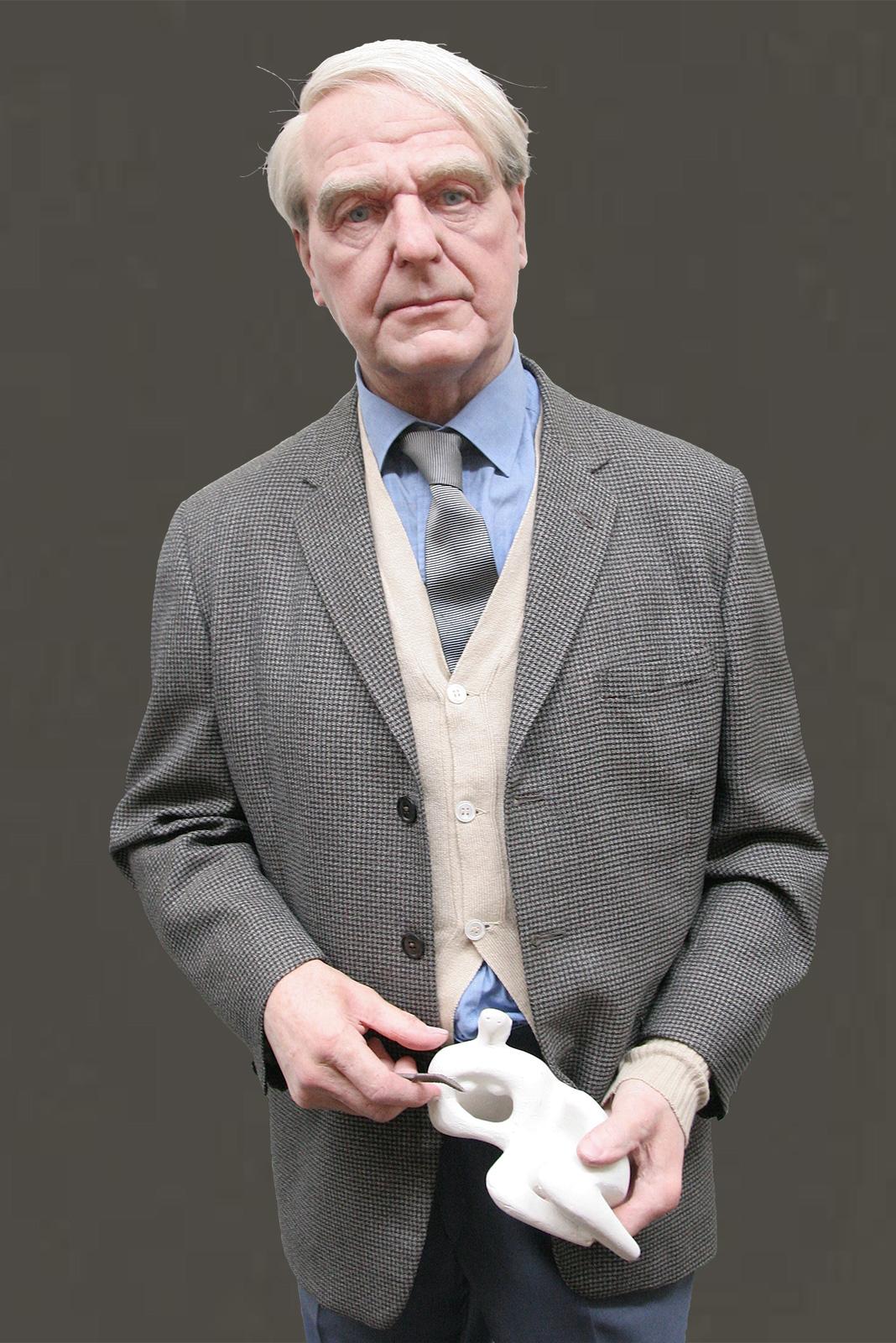 Sculpture of Henry Moore by Karen Newman