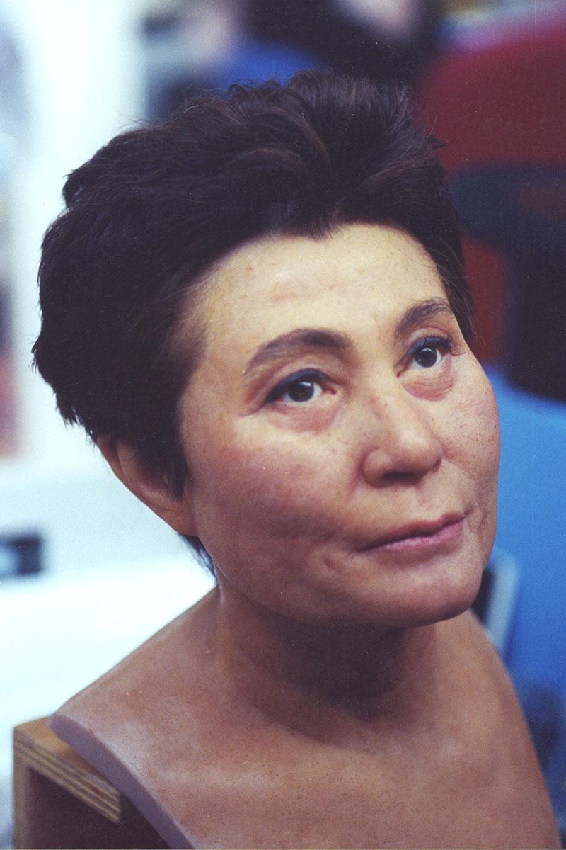 Sculpture of Yoko Ono by Karen Newman
